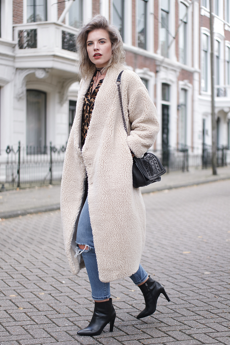 RED REIDING HOOD: Fashion blogger wearing Monki fluffy coat 10 years limited edition outfit leopard shirt