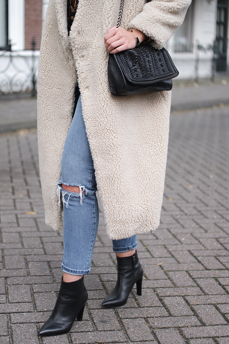 RED REIDING HOOD: Fashion blogger wearing Monki PC fluffy kimono coat outfit details