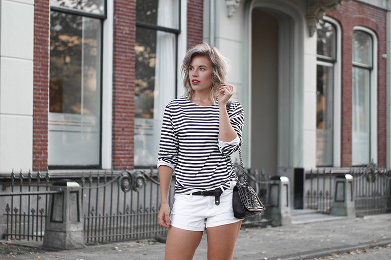 RED REIDING HOOD: Fashion blogger wearing black and white striped longsleeve outfit white denim shorts noisy may