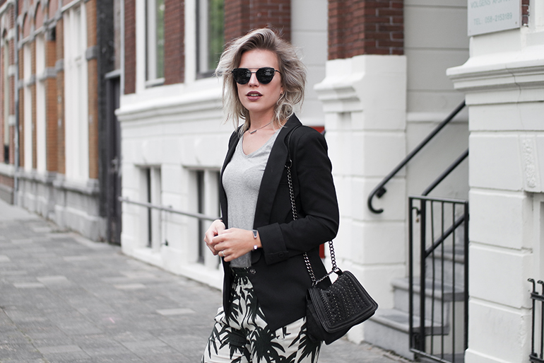 RED REIDING HOOD: Fashion blogger wearing palm tree print pants Ganni outfit