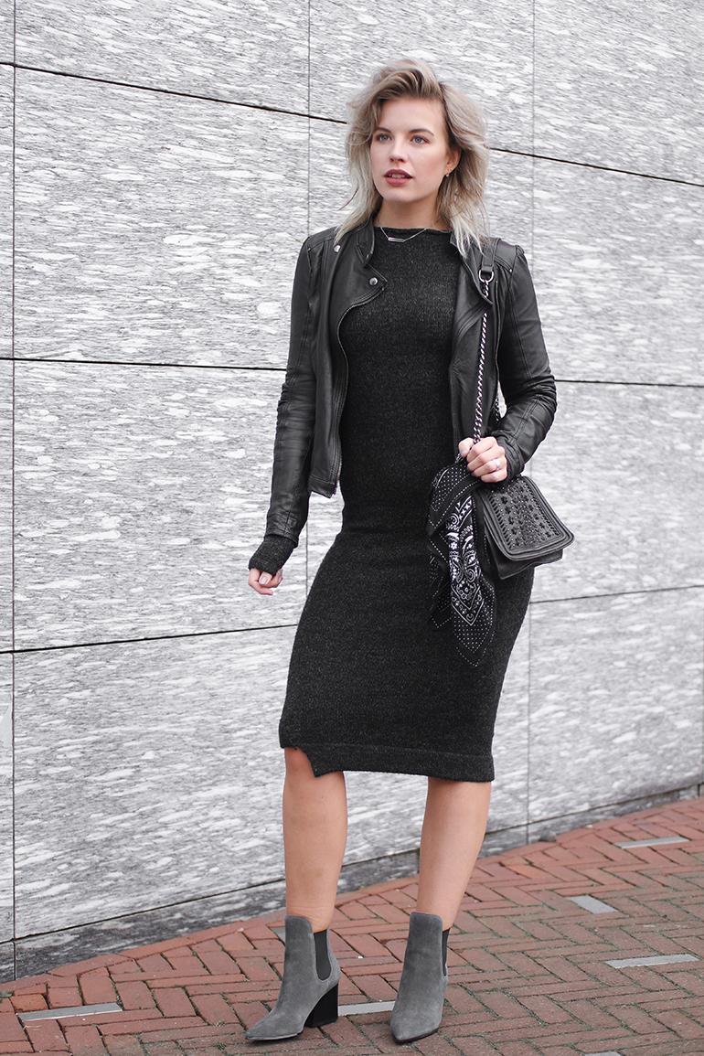 RED REIDING HOOD: Fashion blogger wearing asymmetrical knit dress Zara outfit leather jacket bandana scarf bag