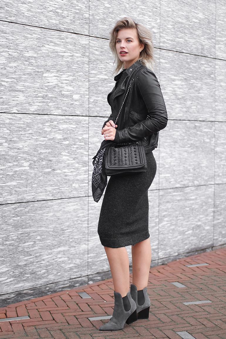 RED REIDING HOOD: Fashion blogger wearing Zara asymmetrical knit dress outfit kendall + kylie finley boots