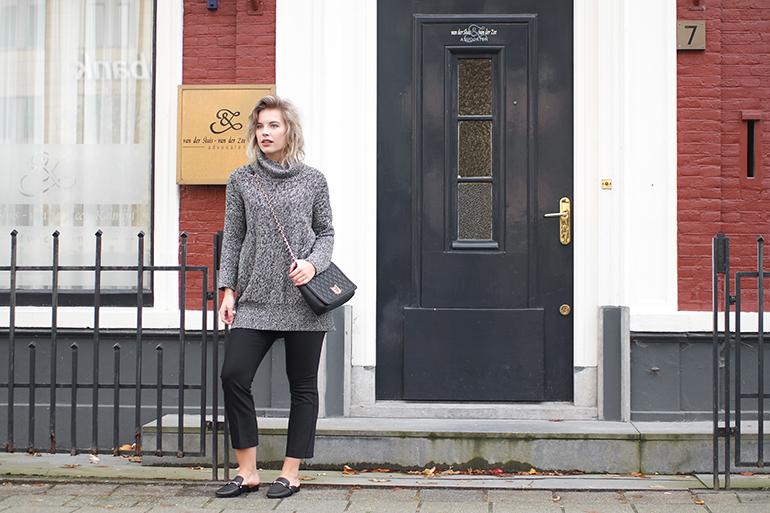 RED REIDING HOOD: Fashion blogger wearing River Island cropped flared pants turtleneck lindex