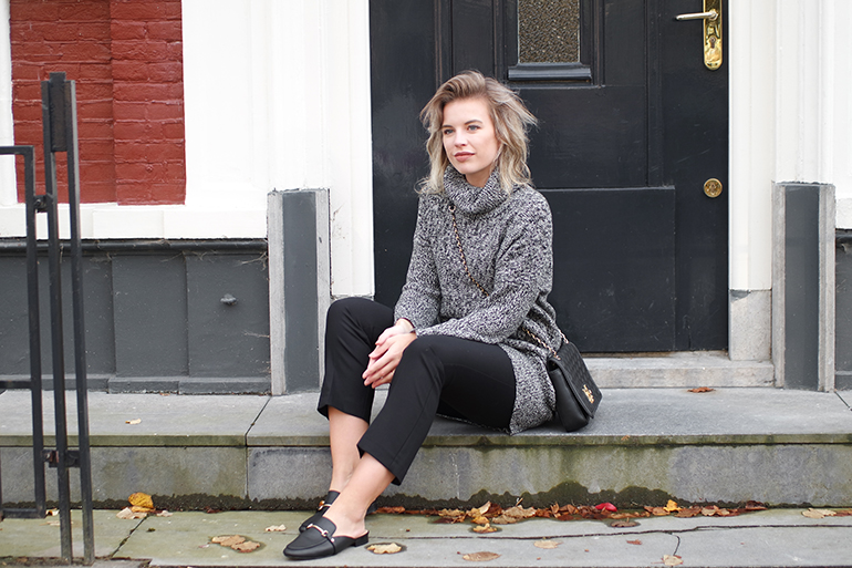 RED REIDING HOOD: Fashion blogger wearing cropped flared trousers River Island loafers