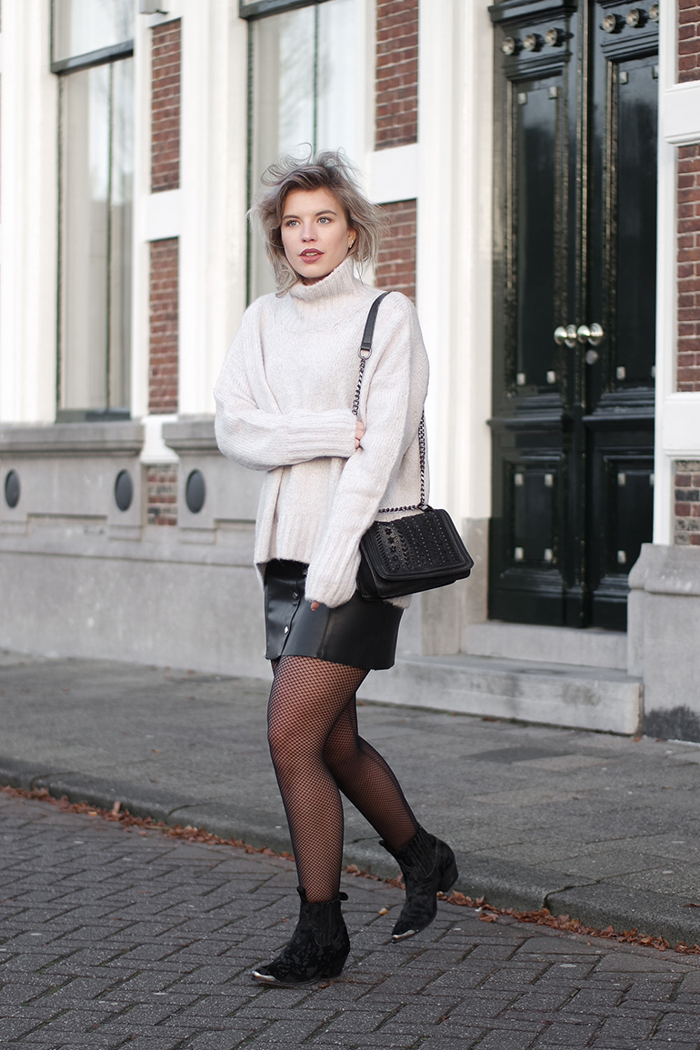 RED REIDING HOOD: Fashion blogger wearing fishnet tights sendra boots outfit leather skirt turtleneck knit