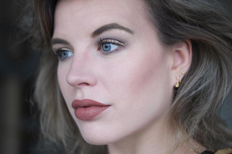 RED REIDING HOOD: Beauty blogger review Etos sparkling eyeliner swatch golden glitters