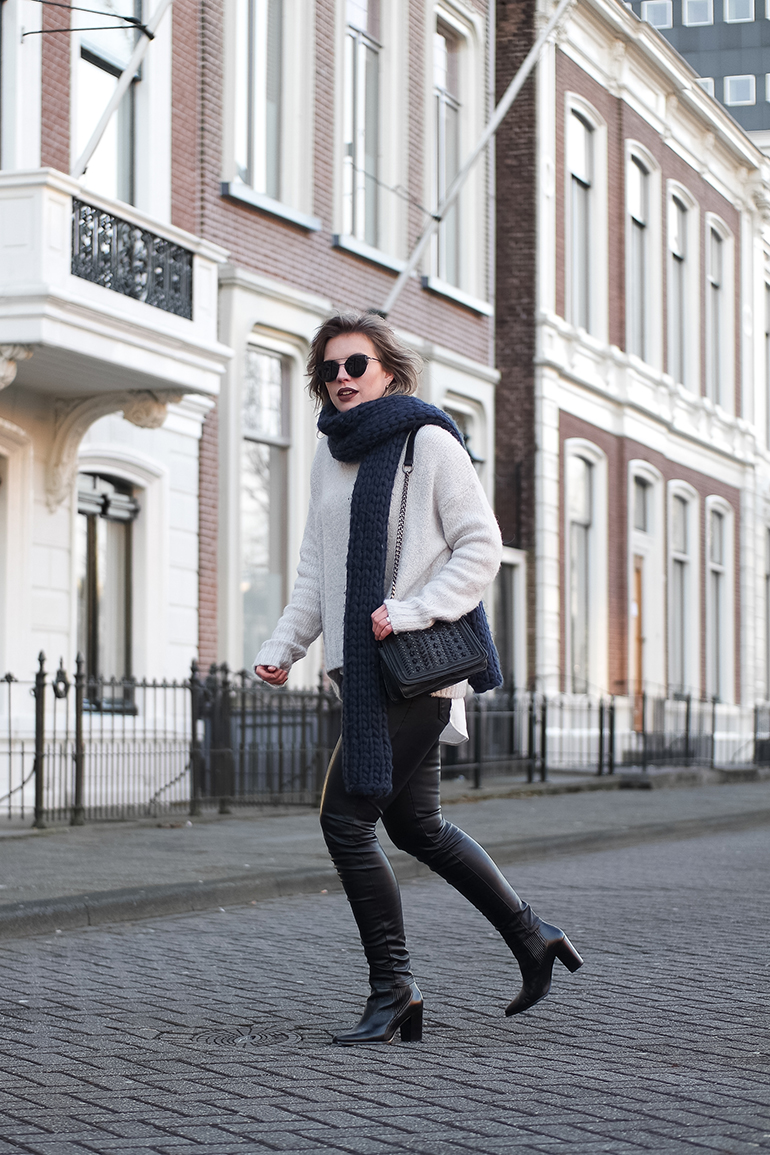 RED REIDING HOOD: Fashion blogger wearing leather pants outfit turtleneck jumper