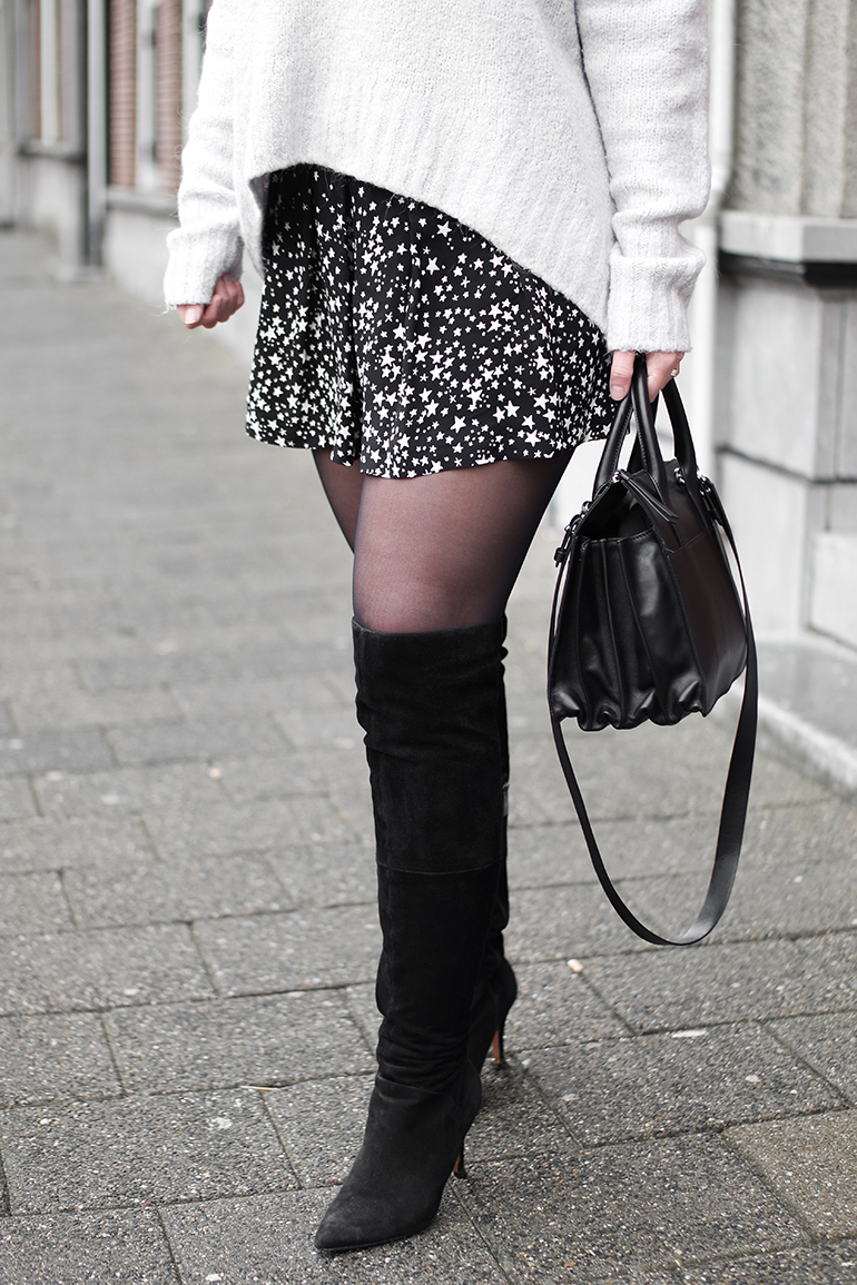 RED REIDING HOOD: fashion blogger wearing Zara star print shorts over the knee boots outfit