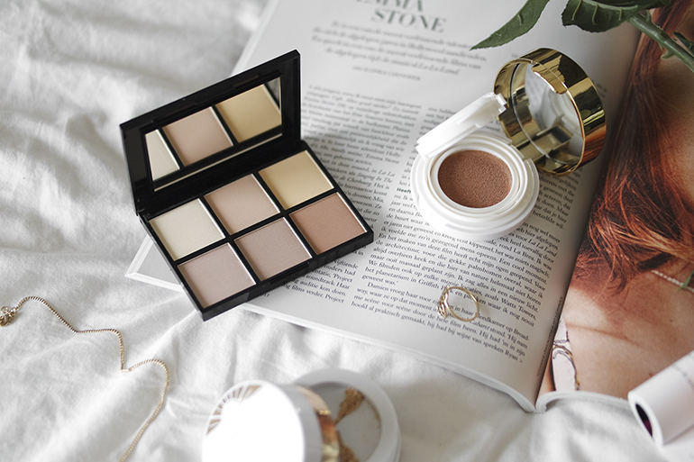 RED REIDING HOOD: MUA Luxe The Art of Illumination beauty blogger MUA Luxe Radiant Illumination Highlighting Kit review MUA Luxe Glow Beam Highlight Cushion