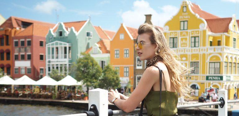 Curaçao Willemstad Handelskade travel blogger review